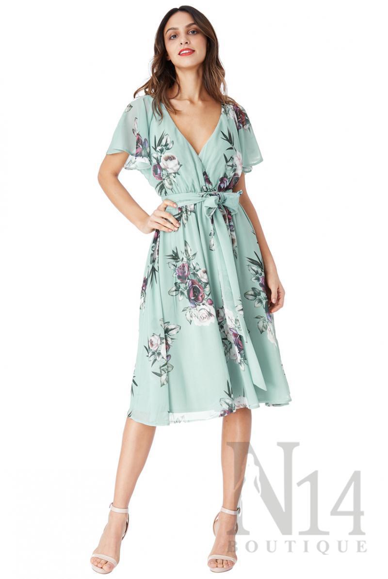 Елаегантна разкроена рокля на цветя