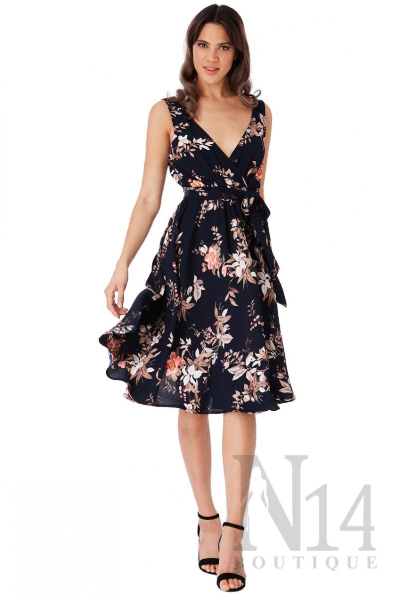 Елегантна рокля с флорален принт