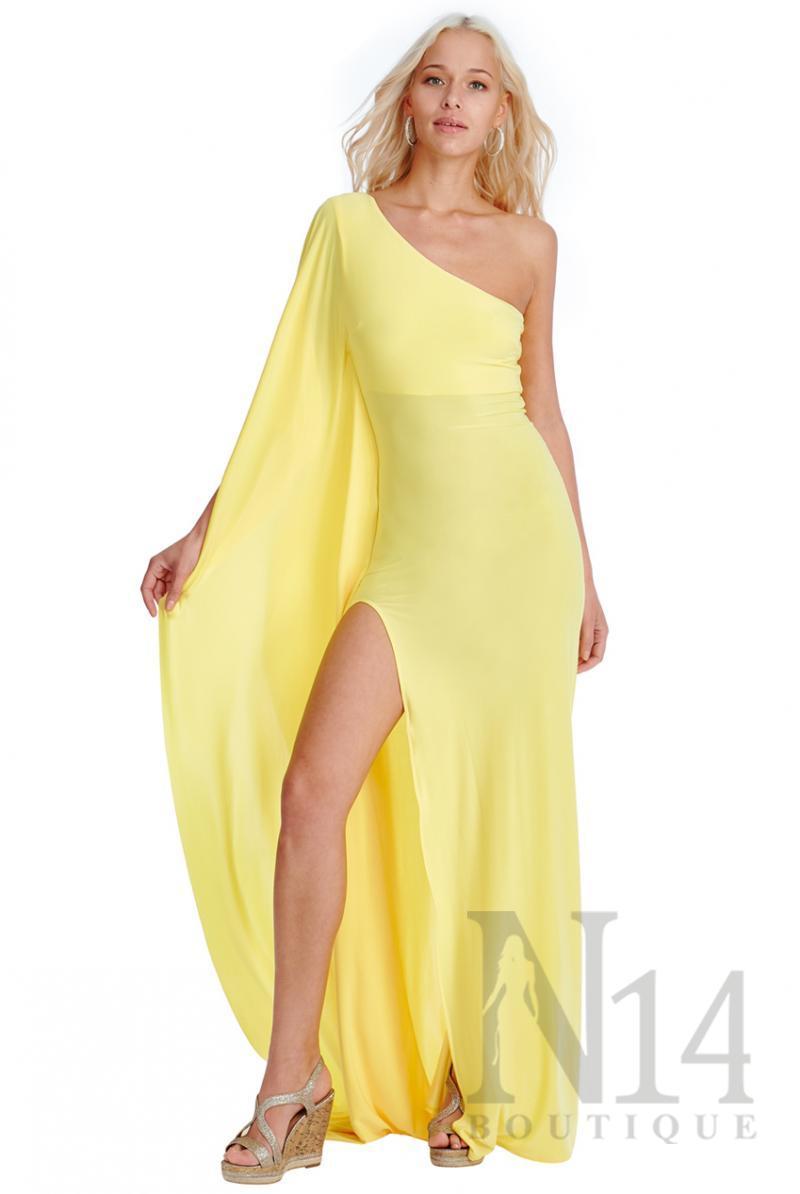 Дълга рокля с едно рамо и цепка в жълто